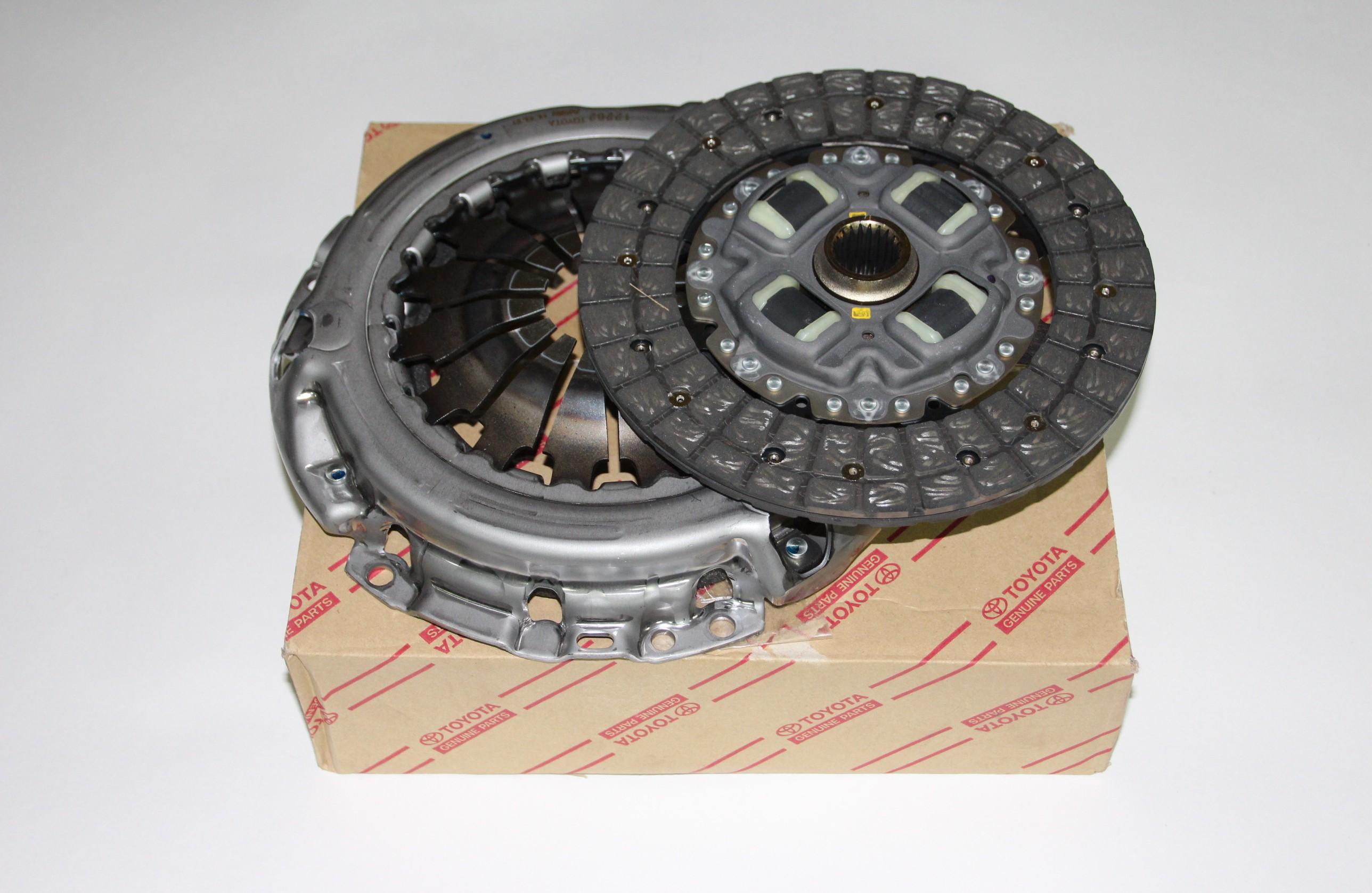 Комплект сцепления Yaris 31250-59635 8500 руб.